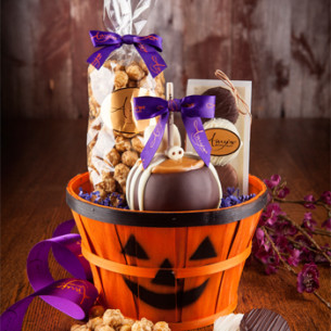Halloween Caramel Apple | Spooky Gifts | Halloween Gifts for Teachers