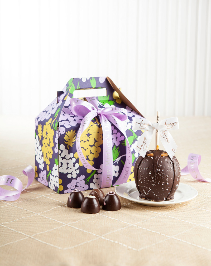 Gourmet Apple Gift Basket | Mother\'s Day Gift Pack